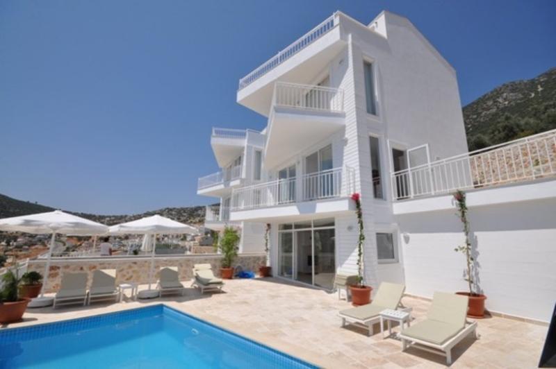 5 bedroom Villa in Kalkan, Mediterranean Coast, Turkey : ref 2249367 - Image 1 - Kalkan - rentals