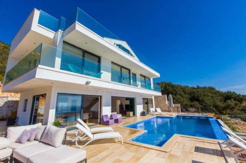 5 bedroom Villa in Kalkan, Mediterranean Coast, Turkey : ref 2249368 - Image 1 - Kalkan - rentals