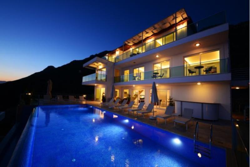 7 bedroom Villa in Kalkan, Mediterranean Coast, Turkey : ref 2249376 - Image 1 - Unye - rentals