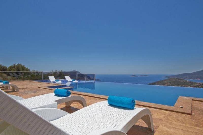 7 bedroom Villa in Kalkan, Mediterranean Coast, Turkey : ref 2249371 - Image 1 - Kalkan - rentals