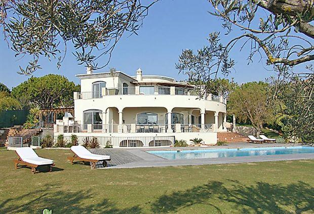 6 bedroom Villa in Quinta Do Lago, Algarve, Portugal : ref 2252125 - Image 1 - Quinta do Lago - rentals