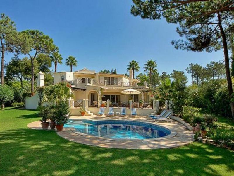 5 bedroom Villa in Quinta Do Lago, Algarve, Portugal : ref 2252130 - Image 1 - Vale do Garrao - rentals