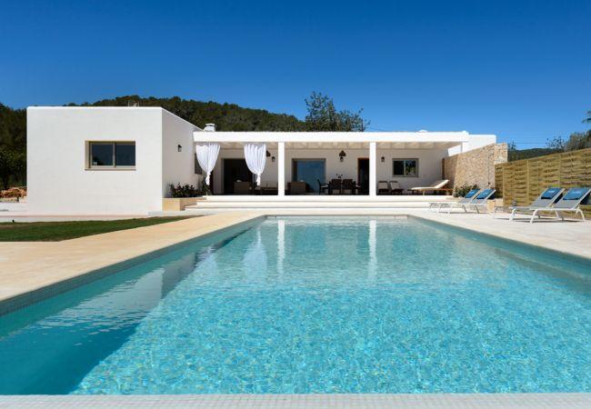 3 bedroom Villa in Santa Gertrudis, Ibiza, Ibiza : ref 2252133 - Image 1 - Santa Gertrudis - rentals