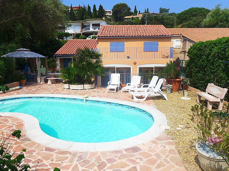 4 bedroom Villa in Le Lavandou, Cote d'Azur, France : ref 2253445 - Image 1 - Le Lavandou - rentals