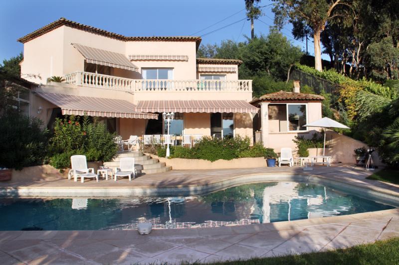 4 bedroom Villa in Cannes - Mandelieu, Cote D Azur, France : ref 2255505 - Image 1 - Mandelieu La Napoule - rentals
