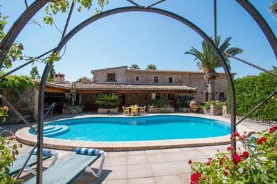 4 bedroom Villa in Pollensa, Mallorca, Mallorca : ref 2256615 - Image 1 - Pollenca - rentals