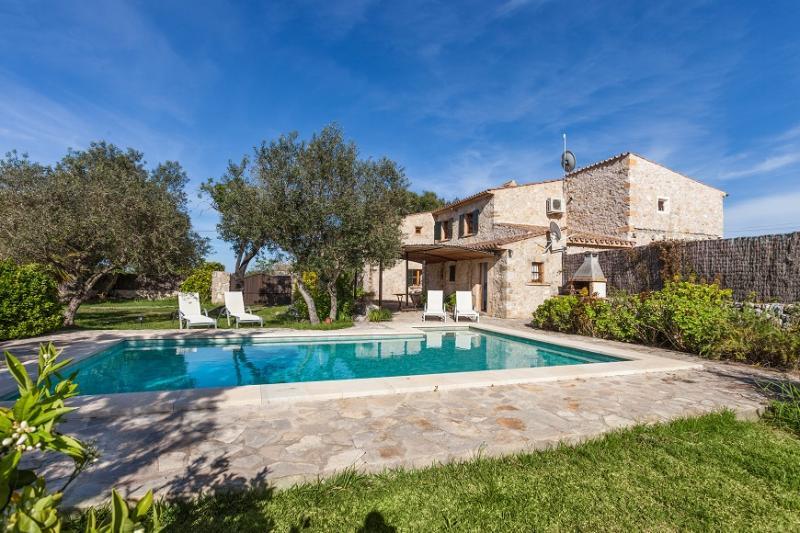 3 bedroom Villa in Pollença, Mallorca, Mallorca : ref 2259438 - Image 1 - Pollenca - rentals