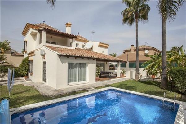 5 bedroom Villa in Nueva Andalucia, Costa del Sol, Spain : ref 2264005 - Image 1 - Nueva Andalucia - rentals