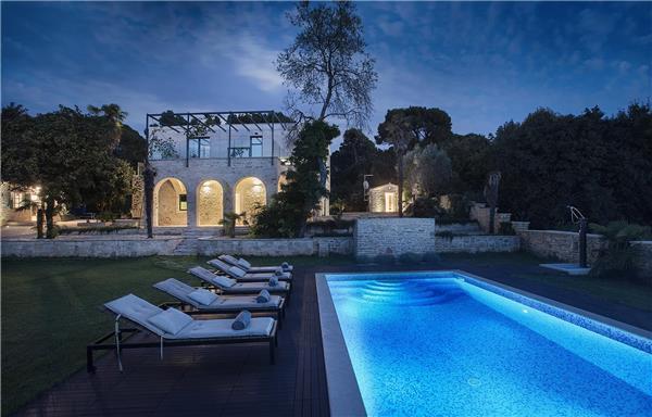 5 bedroom Villa in Pula, Istria, Croatia : ref 2264342 - Image 1 - Pula - rentals