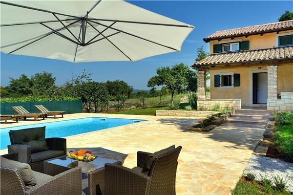 4 bedroom Villa in Rovinj, Istria, Croatia : ref 2265283 - Image 1 - Bale - rentals