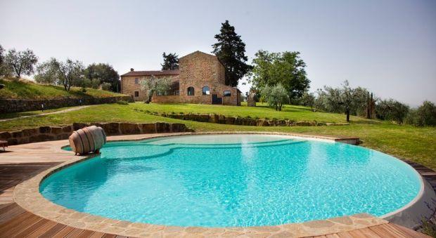 9 bedroom Villa in Poggibonsi, Tuscany, Italy : ref 2265946 - Image 1 - Poggibonsi - rentals