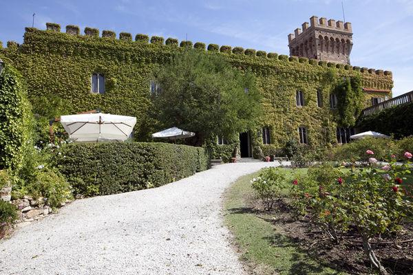 10 bedroom Villa in Campiglia Marittima, Tuscany, Italy : ref 2266012 - Image 1 - Venturina - rentals
