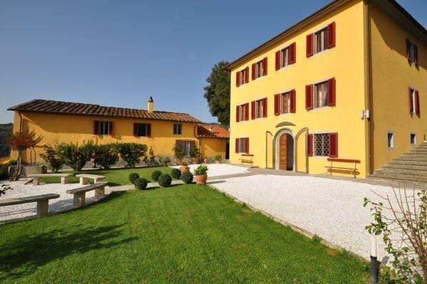 5 bedroom Villa in Massa E Cozzile, Tuscany, Italy : ref 2266015 - Image 1 - Massa e Cozzile - rentals