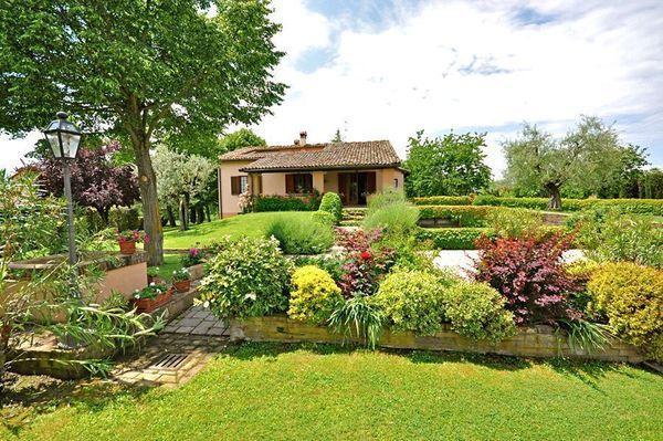 4 bedroom Villa in Monte San Savino, Tuscany, Italy : ref 2266017 - Image 1 - Torricella di Monte San Savino - rentals