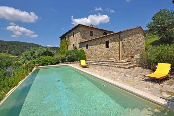 3 bedroom Villa in Montalcino, Tuscany, Italy : ref 2266022 - Image 1 - Val d'Orcia - rentals