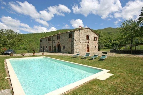 7 bedroom Villa in Subbiano, Tuscany, Italy : ref 2266040 - Image 1 - Chitignano - rentals