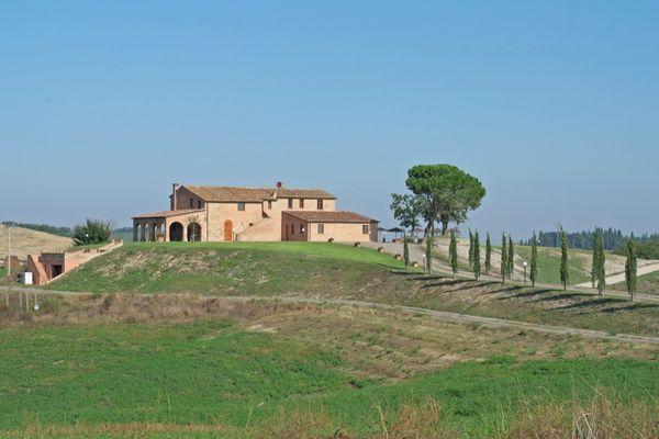 7 bedroom Villa in Buonconvento, Tuscany, Italy : ref 2266094 - Image 1 - Buonconvento - rentals