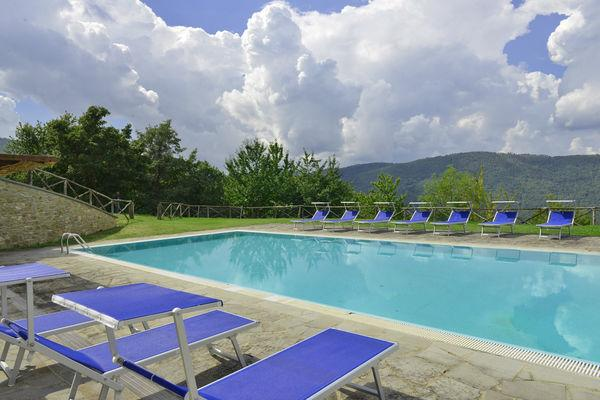 6 bedroom Villa in Monterchi, Tuscany, Italy : ref 2266093 - Image 1 - Lippiano - rentals