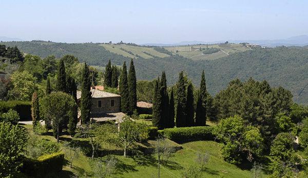 4 bedroom Villa in Montalcino, Tuscany, Italy : ref 2266220 - Image 1 - Montalcino - rentals
