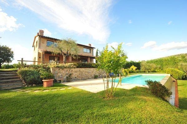 3 bedroom Villa in Certaldo, Tuscany, Italy : ref 2266232 - Image 1 - Certaldo - rentals