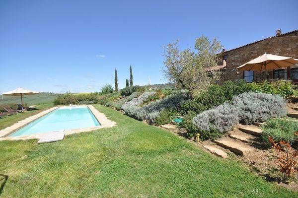 6 bedroom Villa in Pienza, Tuscany, Italy : ref 2266246 - Image 1 - Pienza - rentals
