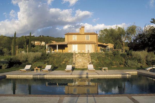 7 bedroom Villa in San Casciano Dei Bagni, Tuscany, Italy : ref 2266251 - Image 1 - San Casciano dei Bagni - rentals