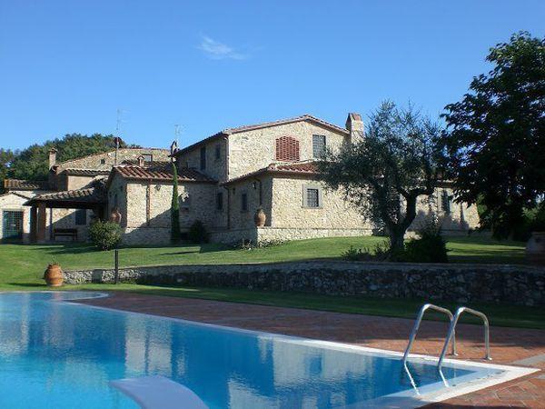 4 bedroom Villa in Monsummano Terme, Tuscany, Italy : ref 2266262 - Image 1 - Monsummano Terme - rentals