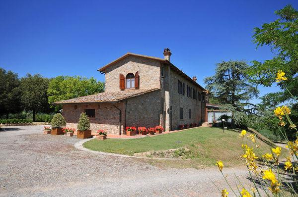 6 bedroom Villa in Montaione, Tuscany, Italy : ref 2268149 - Image 1 - Montaione - rentals