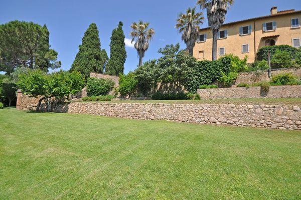 8 bedroom Villa in Marsiliana, Tuscany, Italy : ref 2268176 - Image 1 - Marsiliana - rentals