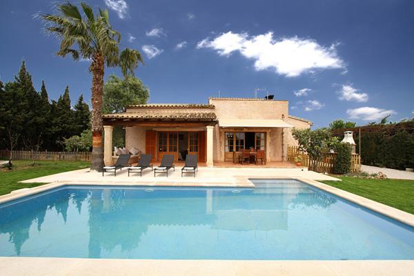 2 bedroom Villa in Pollença, Balearic Islands, Mallorca : ref 2268241 - Image 1 - Pollenca - rentals