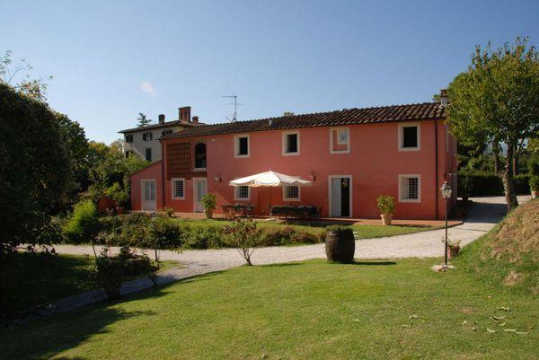 6 bedroom Apartment in Lucca, Tuscany, Italy : ref 2268290 - Image 1 - Lucca - rentals