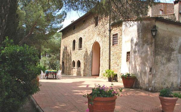 4 bedroom Villa in Montelupo Fiorentino, Tuscany, Italy : ref 2268301 - Image 1 - Montelupo Fiorentino - rentals