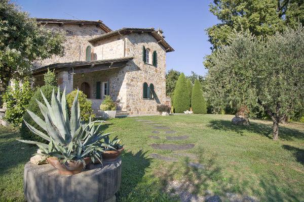 4 bedroom Villa in Capannori, Tuscany, Italy : ref 2268341 - Image 1 - Capannori - rentals