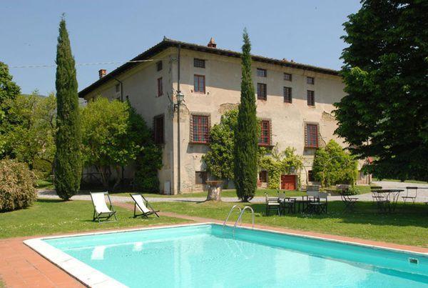 7 bedroom Villa in Capannori, Tuscany, Italy : ref 2268614 - Image 1 - San Pietro a Marcigliano - rentals