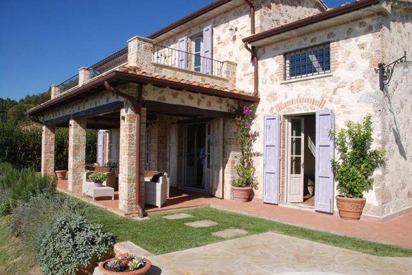 4 bedroom Villa in Pietrasanta, Tuscany, Italy : ref 2268634 - Image 1 - Valdicastello Carducci - rentals