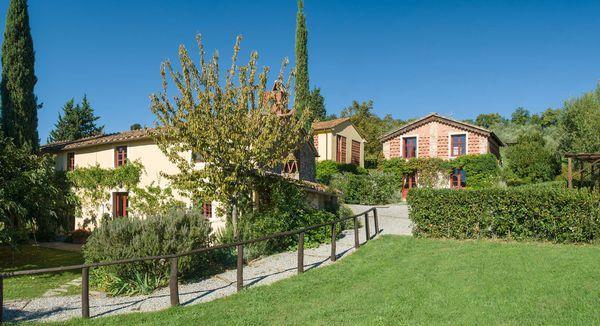 17 bedroom Villa in Capannori, Tuscany, Italy : ref 2268682 - Image 1 - San Pietro a Marcigliano - rentals