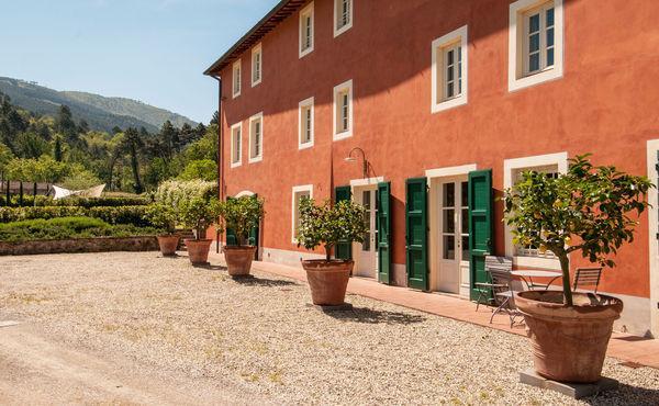 6 bedroom Villa in Capannori, Tuscany, Italy : ref 2269529 - Image 1 - Capannori - rentals