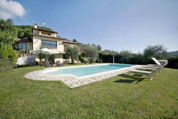 5 bedroom Villa in Camaiore, Tuscany, Italy : ref 2269708 - Image 1 - Camaiore - rentals