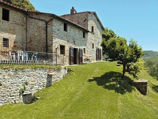 6 bedroom Villa in Borgo San Lorenzo, Tuscany, Italy : ref 2269864 - Image 1 - Borgo San Lorenzo - rentals