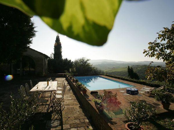 5 bedroom Apartment in Poggibonsi, Tuscany, Italy : ref 2269887 - Image 1 - Poggibonsi - rentals