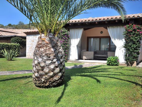 2 bedroom Villa in Capo Coda Cavallo, Sardinia, Italy : ref 2270026 - Image 1 - Capo Coda Cavallo - rentals