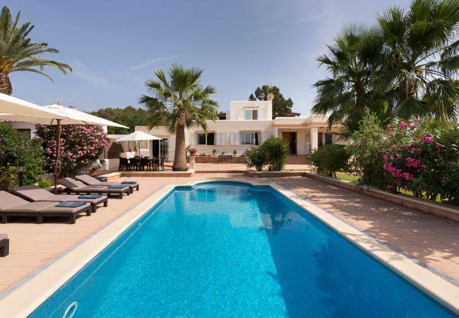 5 bedroom Villa in Sant Josep De Sa Talaia, Ibiza, Ibiza : ref 2272016 - Image 1 - Sant Josep De Sa Talaia - rentals