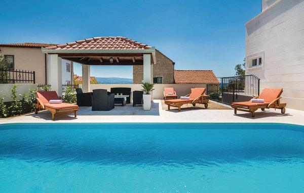 5 bedroom Villa in Omis, Omis, Croatia : ref 2278879 - Image 1 - Stanici - rentals