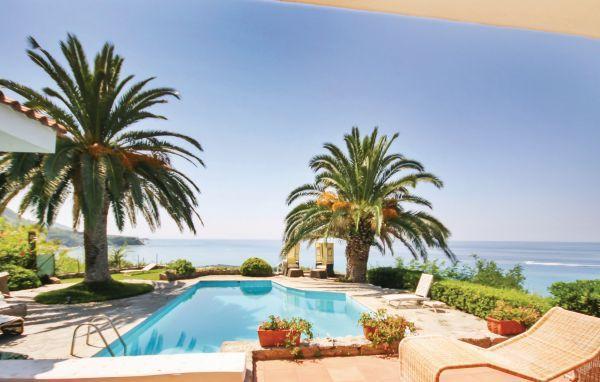 3 bedroom Villa in Parghelia, Calabria, Italy : ref 2280164 - Image 1 - Parghelia - rentals