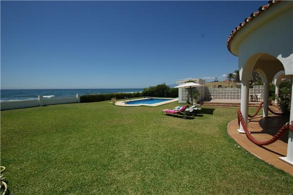 3 bedroom Villa in Marbella, Costa del Sol, Marbella, Spain : ref 2283061 - Image 1 - Artola - rentals