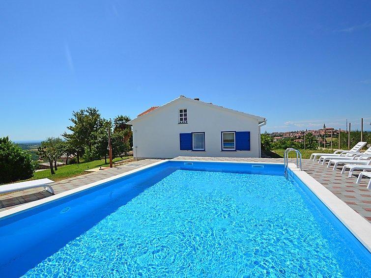 5 bedroom Villa in Buje, Istria, Croatia : ref 2284518 - Image 1 - Buje - rentals