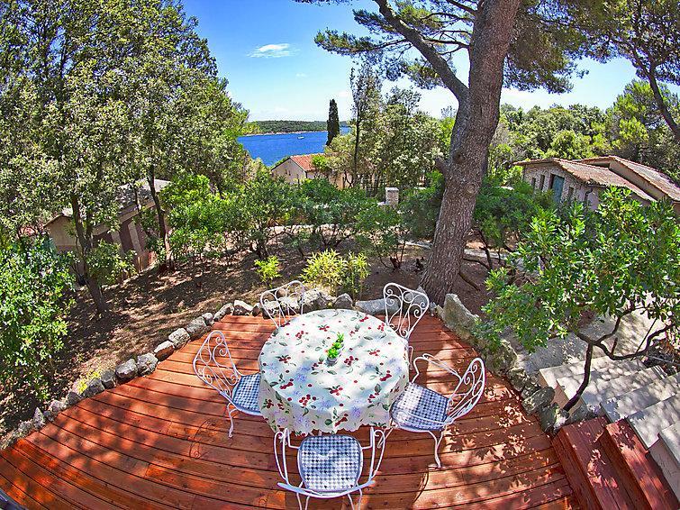 2 bedroom Villa in Pula, Istria, Croatia : ref 2284495 - Image 1 - Pjescana Uvala - rentals