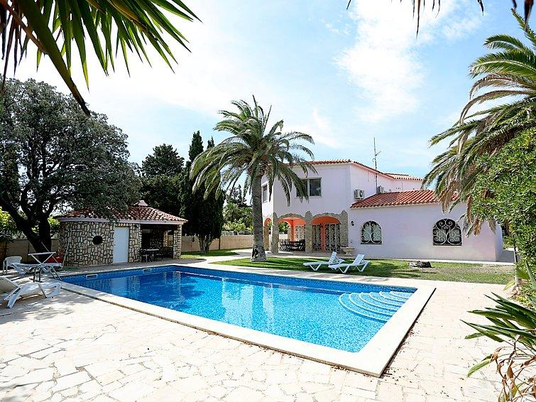 4 bedroom Villa in Miami Platja, Costa Daurada, Spain : ref 2285040 - Image 1 - Miami Platja - rentals
