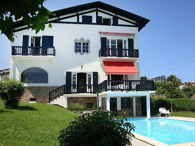 8 bedroom Villa in Saint Jean de Luz, Basque Country, France : ref 2285891 - Image 1 - Ciboure - rentals