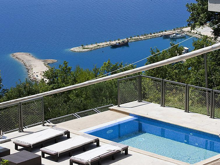 4 bedroom Villa in Omis, Central Dalmatia, Croatia : ref 2286511 - Image 1 - Krilo - rentals